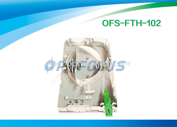 Small LightWeight 2 Holes Cable Terminal Box Indoor FTTH Customer Φ7 Φ14 supplier