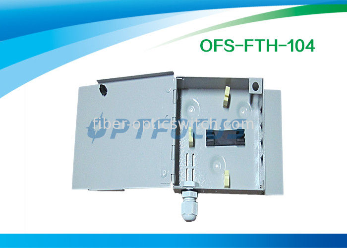4 Core 2 Holes Cable Ports Termination Box  Fiber 0.25 kg Φ5 Φ10 Wall Type